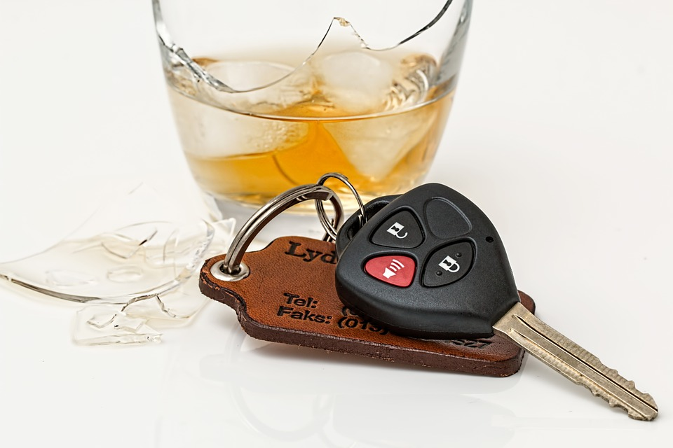 drink-driving-808790_960_720